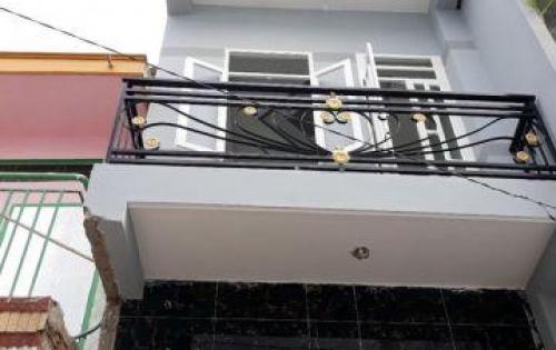 Bán nhà 2 lầu nở hậu mặt tiền hẻm 2074 Huỳnh Tấn Phát Nhà Bè.