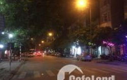 Bán đất mặt đường nhựa 13m phố Trạm, Long Biên 50m2 giá 5,5 tỷ.