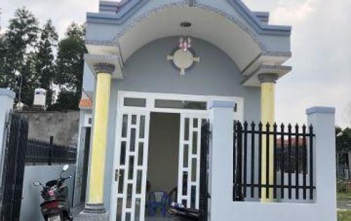 bán nhà ấp 7 an phước - 100m2 ,1pk,2pn,giá 750tr ,tặng kèm bộ nội thất phòng khách