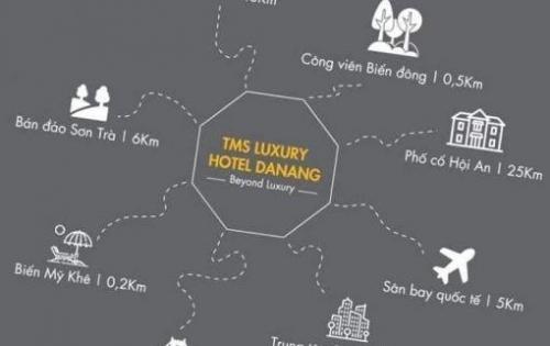 TMS Luxury Hotel Đà Nẵng nằm trên bãi biển Mỹ Khê