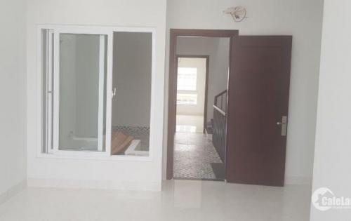 Bán nhà đẹp đường B4 khu đô thị VCN Phước Long 1 Nha Trang sát công viên, nội thất hiện đại