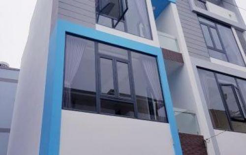 Chính chủ bán nhà mới xây, đầy đủ nội thất Quận 2.