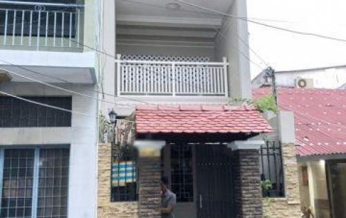 Bán gấp nhà 1 lầu mới đẹp hẻm 58 Tôn Thất Thuyết quận 4.