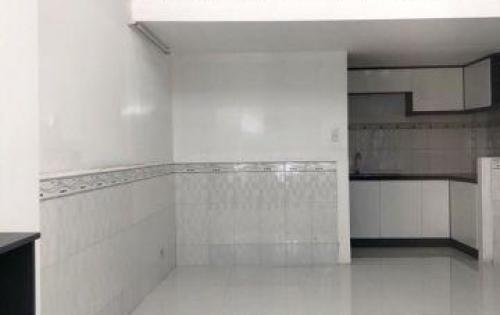 Bán nhà 1 lững 1 lầu mới đẹp hẻm 645 Trần Xuân Soạn quận 7.