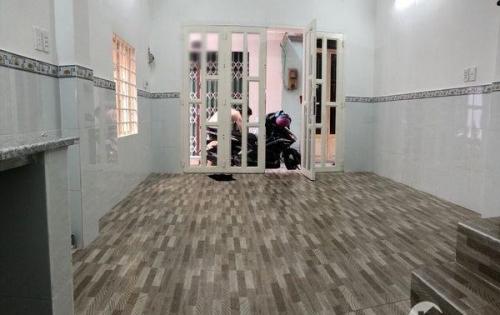 Bán nhà 1 lầu nhỏ xinh 3 mặt tiền hẻm 793 Trần Xuân Soạn quận 7 (đang cho thuê 5 triệu/ tháng).