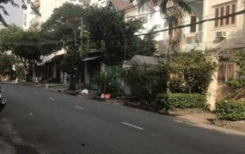 Bán nhà nát mặt tiền đường số 49 Phường Bình Thuận Q7