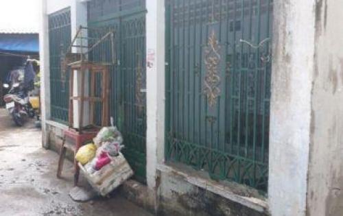 Bán nhà cấp 4 góc 2 mặt tiền hẻm 1283 Huỳnh Tấn Phát quận 7.
