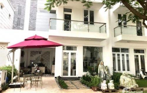 Sang trọng đẳng cấp, Biệt thự phong cách châu âu. Bưng Ông Toàn, Phú Hữu, Quận 9.