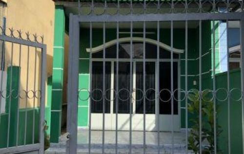 Bán Nhà  Mặt Tiền Hẻm đường Nguyễn Duy Trinh, P.Long Trường, Quận 9, Nhà Đẹp
