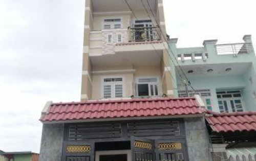 Nhà phố cao cấp đúc 4 tấm đường nhựa 10m thông Hương Lộ 2