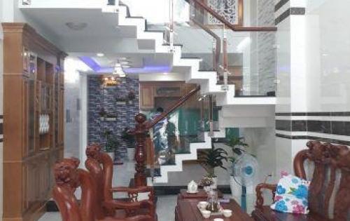 Bán nhà  1 trệt, 3 lầu, 1 sân thượng tại Nguyễn Oanh, Phường 6, Quận Gò Vấp, giá chỉ 5.5 tỷ