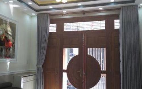 Chính chủ Bán nhà mới xây 4 lầu, Quang trung, f8, giá 5 tỷ 700 triệu