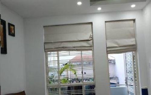 Chính chủ cần bán nhà Thích Quảng Đức, Phường 5, Phú Nhuận, 4x15m, 4 lầu, giá 9.4 tỷ.