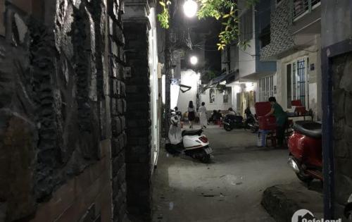 Bán nhà Hẻm Phạm Văn Hai, P2, Tân Bình. Xe Hơi đậu được trước nhà. Cách mặt tiền khoảng 50m. Đoạn gần ngay ngã tư Lê Văn Sỹ và Phạm Văn Hai - Giá 7,5 tỷ