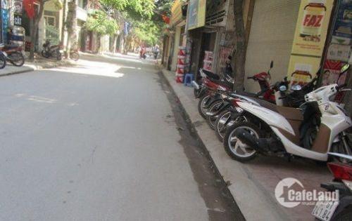 Bán nhà SĐCC khu quân đội , DT 38m2 ô tô đỗ cửa ngõ 358 Bùi Xương Trạch , Hà Nội