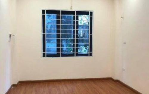 Bán nhà phố Nguyễn Trãi DT 30M2 , MT 4M, 4 Tầng , Giá 2,85Tỷ