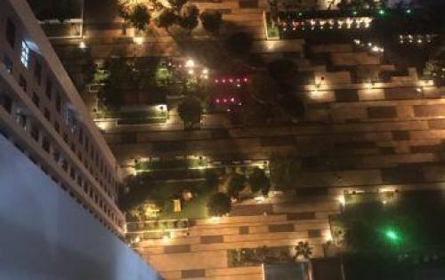 Chính chủ  bán gấp căn hộ 02 phòng ngủ, ban công Đông Nam view quảng trường Ruby.