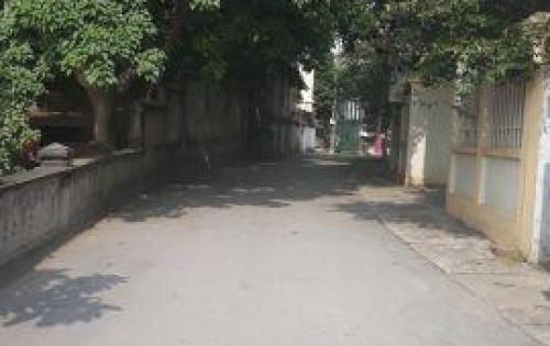 Bán nhà 4 tầng gần CoopMart, Vĩnh yên, Vĩnh Phúc. Hướng Tây Nam, Gía 3,6 tỷ. LH:098.991.6263