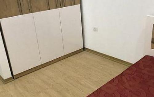 Chính chủ cho thuê căn hộ Hoàng Quốc Việt 2PN, full đồ, giá 8,5 triệu/tháng.