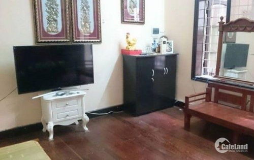 Cho thuê nhà phố Đê La Thành , dt51m2x6T , giá 45tr