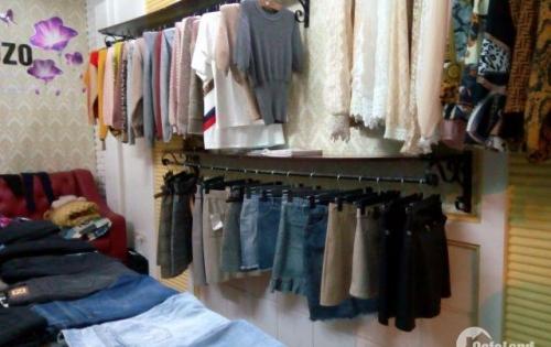 Sang nhượng cửa hàng quần áo thời trang DT 20 m2 mặt tiền 3,5 m Phố Lê Lai Q.Hà Đông HN
