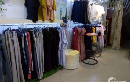 Sang nhượng cửa hàng quần áo thời trang DT 25 m2 mặt tiền 4 m Phố Nguyễn Trãi Q.Hà Đông Hà Nội