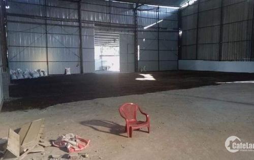Kho xưởng cho thuê giá rẻ tại Quận 7. DT 1.000m2 - 5.000m2. Giá 100 nghìn/m2