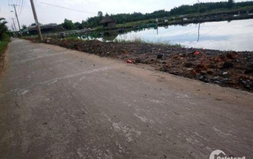 Cần bán lô đất 17800m2, mặt tiền đường Gò Me, xã hiệp phước, nhà Bè