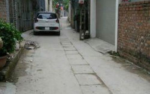 Bán gấp mảnh đất đẹp ở Bồ Đề, Long Biên