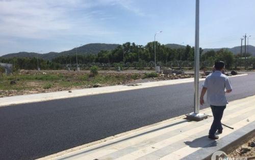 Bán đất nền gần khu du lịch biển Long Hải, chùa Bà Dinh Cô, mặt tiền Tỉnh lộ 44A, giá 8,1 triệu/m2.