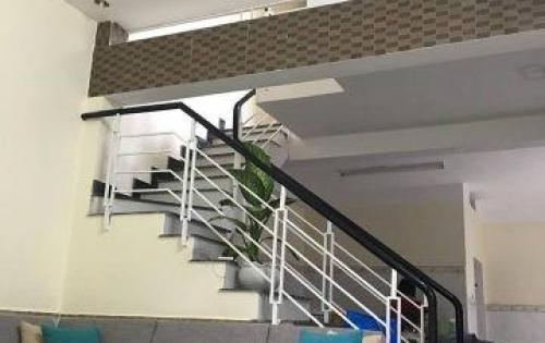Chính chủ cần bán nhà 2 tầng kiệt 2.5 cách kiệt 6m 1 cái nhà Địa chỉ: Kiệt 111/12/ Nguyễn Công Hoan