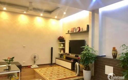 Bán nhà đẹp phân lô ngõ 168 Hào Nam 5 tầng, 71m2 Chỉ 12 Tỷ - LH:0966882258