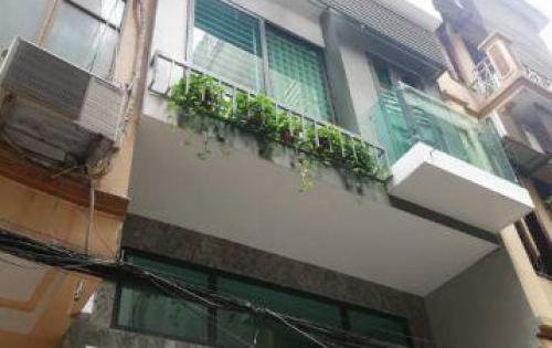 Bán nhà mới phố Nguyễn Chí Thanh 46m2 x 5t oto vào nhà.