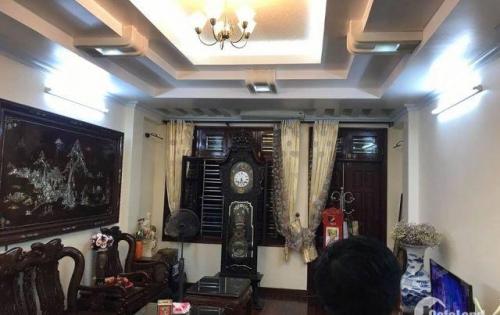 Chính chủ bán nhà Thịnh Quang oto đỗ cửa 49m2, 5 tầng ở luôn giá chỉ 4.1 tỷ