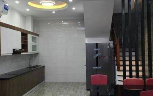 Bán nhà riêng tại đường Trương Định, Bạch Mai 34m 5 tầng, SĐCC giá 2,6 tỷ.