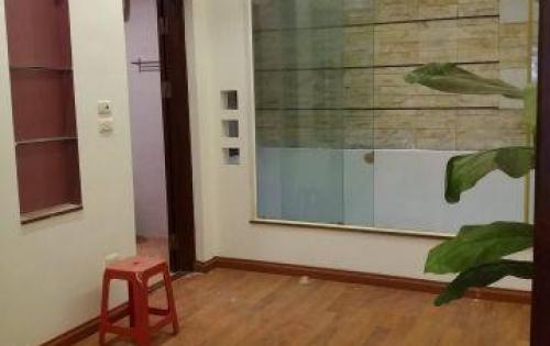 Cực hót! Nhà cần bán phố Trương Định-Bạch Mai, 52m2, 3 tầng đẹp, giá 2,25 tỷ, ở luôn