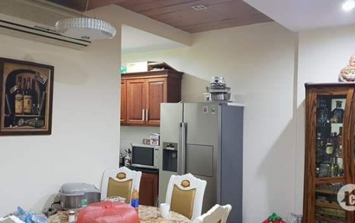 Tòa khách sạn văn phòng mặt phố Triệu Việt Vương 130 tỷ