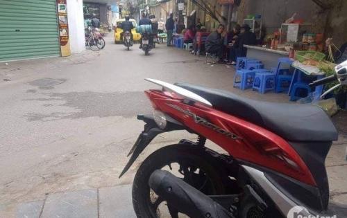 Bán nhà 54m2 mặt ngõ gần mặt phố, kinh doanh, MT lớn, mới đẹp phố Vĩnh Hưng 2,35 tỷ.