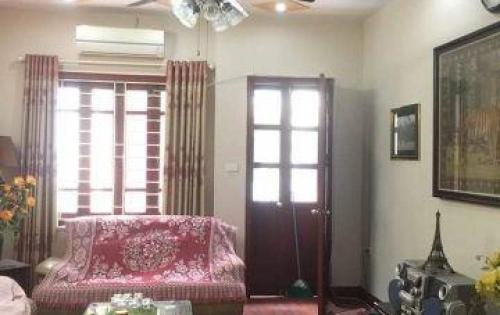 Bán nhà đẹp, ngõ 274 Trương Định, ba gác đỗ cửa, MT rộng 4m, DT 35m2*5T
