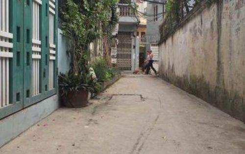 Bán nhà phố Giáp Bát - Kim Đồng, đường rộng 3m, cách đường oto tránh 30m, DT 40m*4T