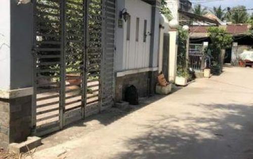 Nhà chính chủ đường Trần Văn Mười, nhà vườn rộng, giá chỉ 1 tỷ 8/ căn