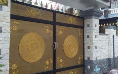 Biệt thự mini ngay chợ Hóc Môn, chính chủ, SHR