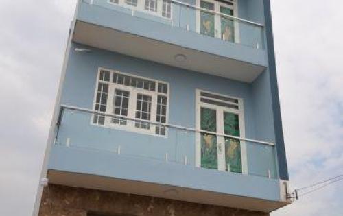 Cần bán nhà gần càu lớn Hóc Môn, dt 4x15,1 trệt 1 lầu