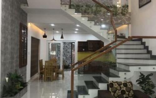 Bán nhà 3 tầng đường Phú Lộc 11