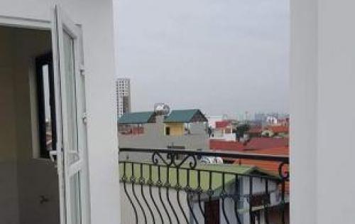Giao nhà trước tết, Bán nhà đối diện Aeon mall Long Biên, oto vào chỉ hơn 2 tỷ lh: 0969029681.