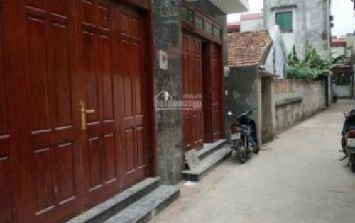 Vỡ nợ bán nhà đường ô tô vào chỉ hơn 2 tỷ, Long Biên, Hà Nội.