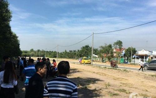 Bán gấp vài lô đất mặt tiền đường Trung Tâm Thị Trấn Long Thành shr 100%
