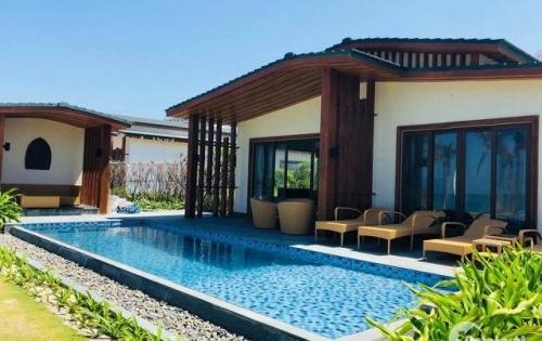 Bán lại căn biệt thự và condotel Movenpick Nha Trang, đủ giấy tờ - 10 tỷ
