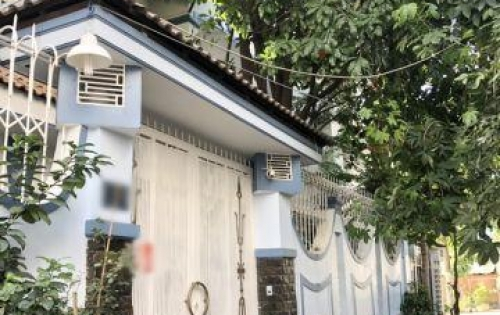 Bán biệt thự 1 lầu mới đẹp hẻm xe hơi 30 Lâm Văn Bền quận 7.