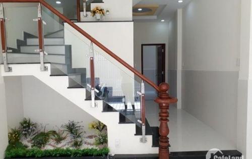 Bán nhà đẹp 1 lầu hẻm 588 Huỳnh Tấn Phát Quận 7